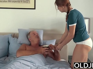 Finger-fucking showcased in free online porno movies with solo mature babes